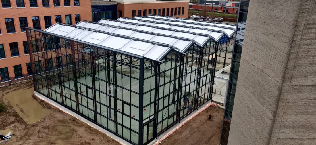 Commercial glasshouse construction atria Planon