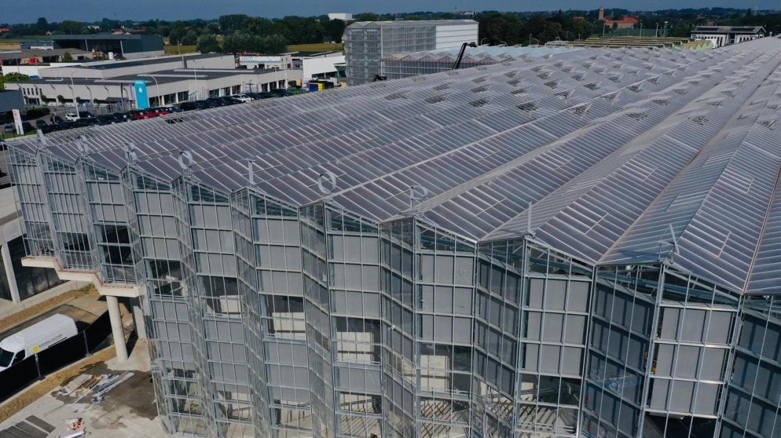 Dakserre Roeselare glass construction design