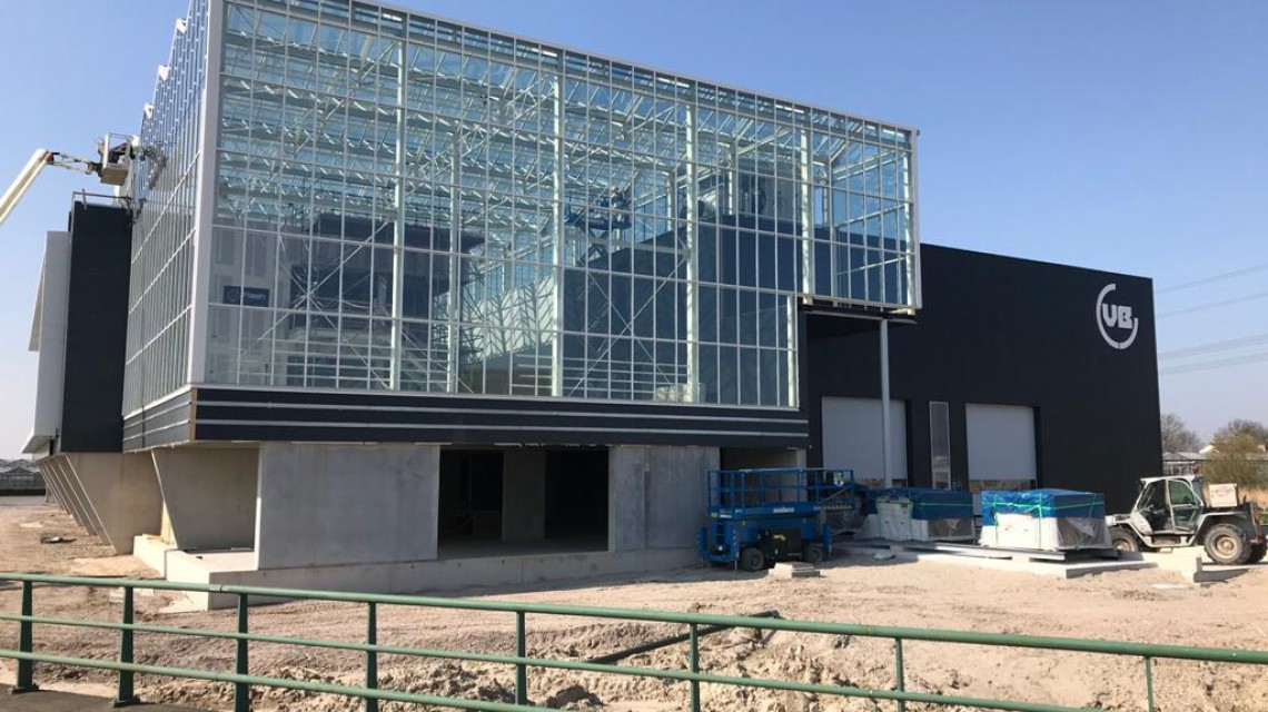 VB Smiemans atria glass construction 2