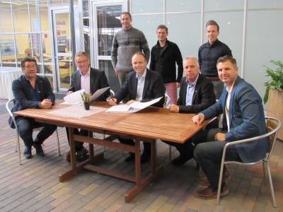 Glass Smiemans ondertekening WHC bouw