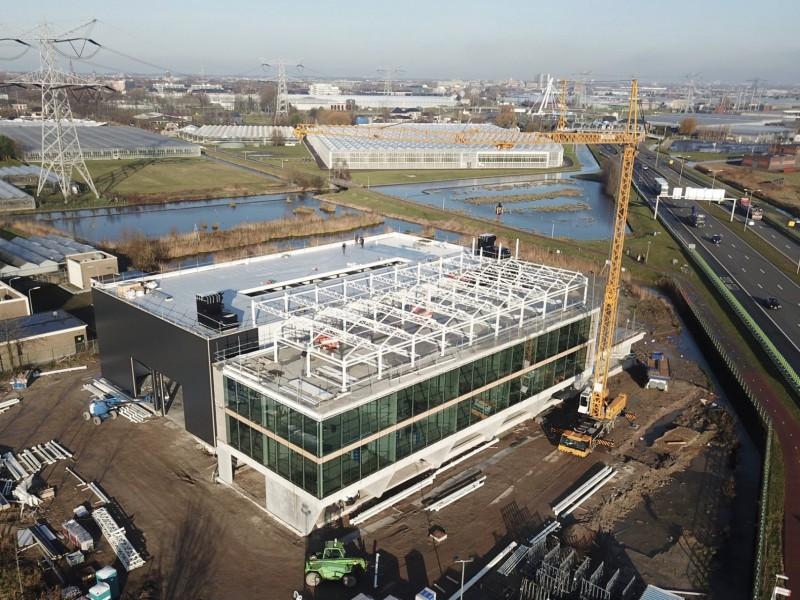 VB glass atrium construction