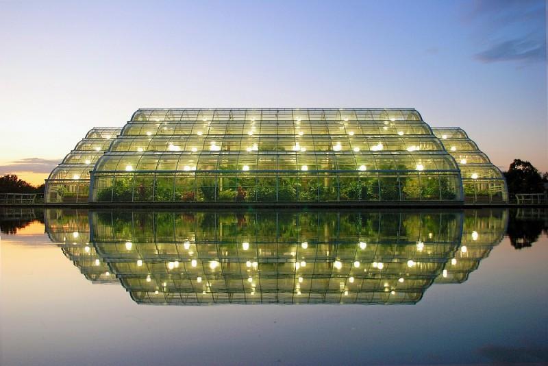 botanical garden glasshouse Wisley